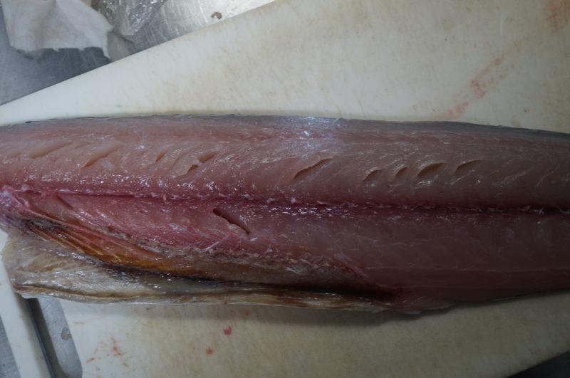 魚(サワラ)の身割れ